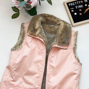Women's faux fur reversible vest